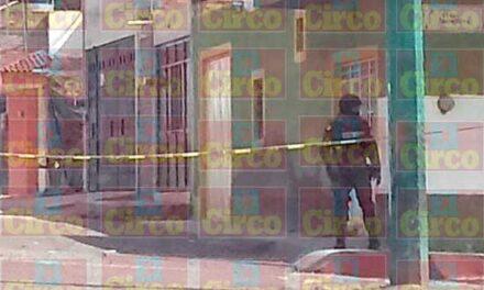Hallan las armas de los policías ejecutados en Lagos de Moreno tras cateo en una casa
