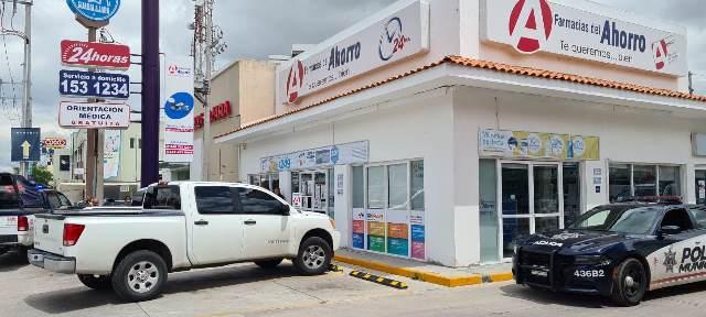 ¡Volvieron a 'pegar' los roba-Rolex en Aguascalientes: asaltaron a adulto mayor en una farmacia y lo despojaron del suyo!