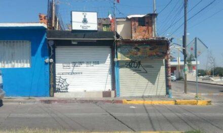 ¡Pistolero asaltó una tienda de ropa en Aguascalientes y se llevó $3 mil 700!