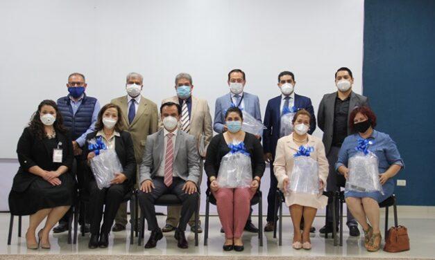 ¡Entrega IEA caretas en apoyo al personal del ISSSTE que hace frente a la contingencia sanitaria por COVID-19 en Aguascalientes!