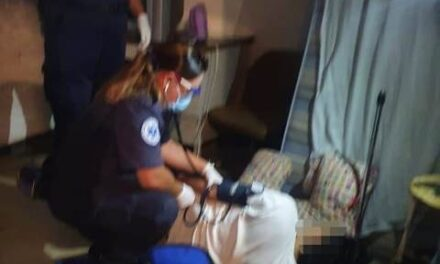 ¡Policías municipales de Aguascalientes brindan primeros auxilios a joven que intentó suicidarse por ingesta de medicamentos!