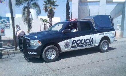 ¡Policías municipales de Aguascalientes auxiliaron a mujer que intentó matarse intoxicándose con pastillas!