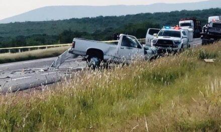¡Choque entre una camioneta y un tráiler dejó 1 muerto y 1 lesionado en Río Grande!