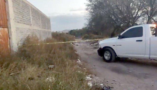 ¡Cerca de un panteón en Fresnillo encontraron a un hombre muerto!