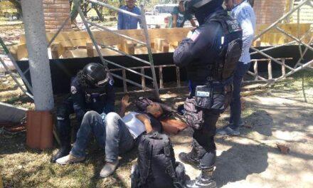 ¡Albañil cayó de un andamio a 5 metros de altura y resultó lesionado en Aguascalientes!