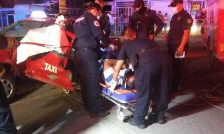 ¡Taxista lesionado tras ser chocado por una camioneta de Veolia en Aguascalientes!