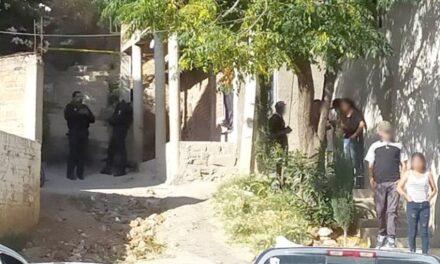 ¡Sicarios ejecutaron a un joven de 10 balazos dentro de su casa en Zacatecas!