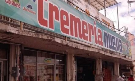 ¡Delincuentes asaltaron al encargado de la Cremería Nueva en Aguascalientes y lo despojaron de $150 mil!