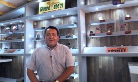 ¡El profesor César Hilario Mejía Reyna destaca a nivel nacional como docente extraordinario de Aguascalientes!