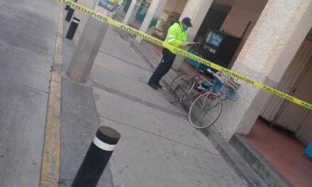 ¡Hallaron a un hombre muerto en la vía pública en Rincón de Romos!
