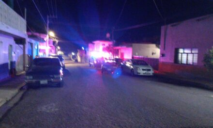 ¡Bebé de un año de edad murió tras choque frontal entre dos autos en Aguascalientes!