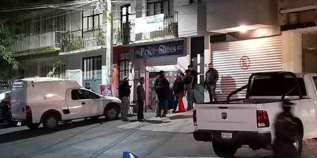 ¡Dentro de una zapatería intentaron ejecutar a un hombre en el Centro de Guadalupe!