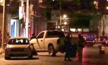 ¡Ejecutaron a dos hombres e hirieron a otro en un taller mecánico en Zacatecas!