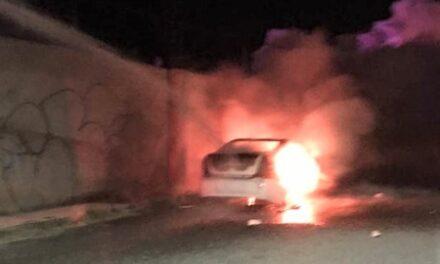 ¡Ejecutaron a un hombre de 5 balazos y lo calcinaron en su auto en Zacatecas!