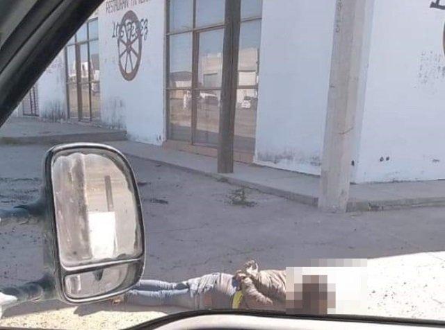 ¡Tiraron a un hombre ejecutado en Bajío de San José, Jalisco!