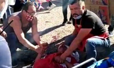 ¡Joven motociclista repartidor de una carnicería murió impactado por una camioneta en Aguascalientes!