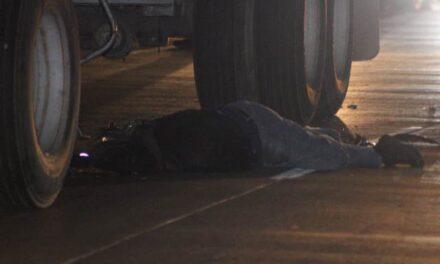 ¡Espantosa muerte tuvo un motociclista tras accidente en Aguascalientes!