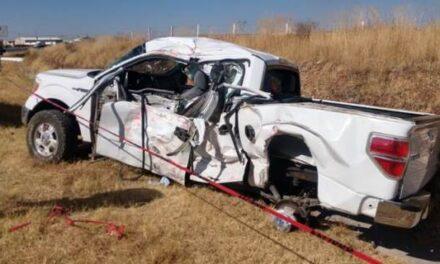 ¡Choque entre camioneta y tráiler en Enrique Estrada dejó 1 niña muerta y 3 lesionados!