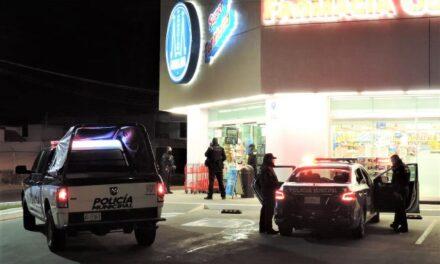 ¡Comando asaltó una farmacia en Aguascalientes y se llevó medicamento controlado y dinero!