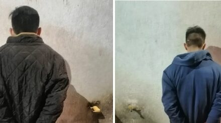 ¡Tras persecución y accidente detuvieron a dos robacoches en Aguascalientes!