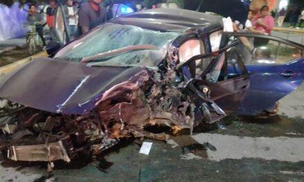 ¡Automovilista se mató tras estrellarse contra una palmera en Aguascalientes!
