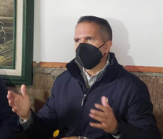 ¡Reforzarán medidas sanitarias en colegios particulares ante semáforo naranja: Camilo Mesa Jaramillo!