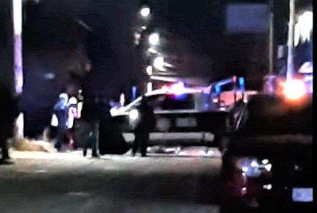 ¡A bordo de una camioneta ejecutaron a un hombre e hirieron a un joven en Fresnillo!