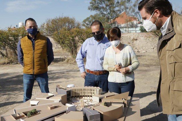 ¡Acude gobernador al inicio de la construcción de Oasis: un albergue para personas vulnerables!