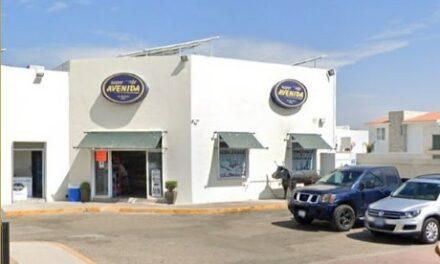 ¡2 pistoleros asaltaron a una mujer y la despojaron de una camioneta de lujo en Aguascalientes!
