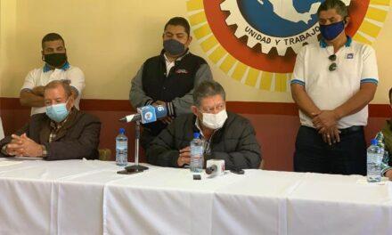 ¡Denuncian acoso laboral de Gobierno del Estado a los choferes de transporte público: Roberto Mora!