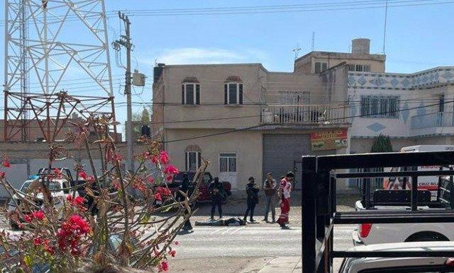 ¡Ejecutaron a tres hombres e hirieron a una mujer en dos agresiones en Encarnación de Díaz!