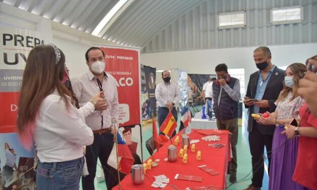 ¡Participan jóvenes de Jesús María en la Expo Uni Online 2021!