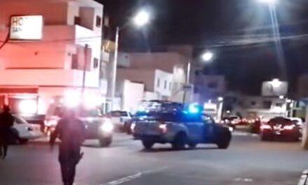 ¡Intentaron ejecutar a un hombre afuera de un hotel en el Centro de Fresnillo!
