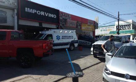 ¡Asaltaron a unos cuentahabientes y balearon a uno de sus empleados en Aguascalientes!