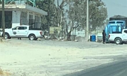 """¡Sicarios balearon con """"cuernos de chivo"""" un restaurante con comensales adentro en Encarnación de Díaz!"""