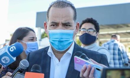 ¡Urgente que se programe la vacunación a los docentes: Martín Orozco Sandoval!