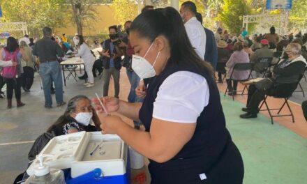 ¡Secretaría del Bienestar pide no desesperar y no acudir a otros municipios por vacuna!