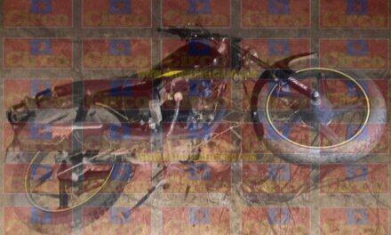 ¡Motociclista murió tras chocar contra un semoviente en Lagos de Moreno!