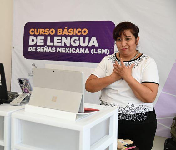 ¡DIF Municipal lleva a cabo curso educativo de lenguaje de señas!
