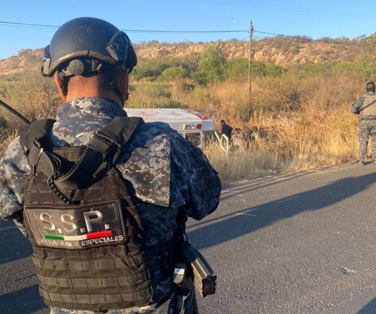 ¡Tras agresión a policías municipales en Tepetongo SSP ubicó y destruyó narco-campamento!