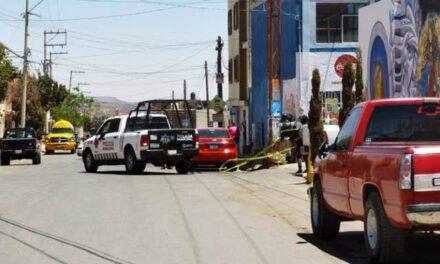 ¡Ejecutaron a policía estatal e hirieron a su hijo adolescente en Guadalupe!