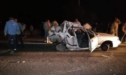 ¡1 muerto y 4 lesionados tras fuerte choque entre 2 autos en Aguascalientes!
