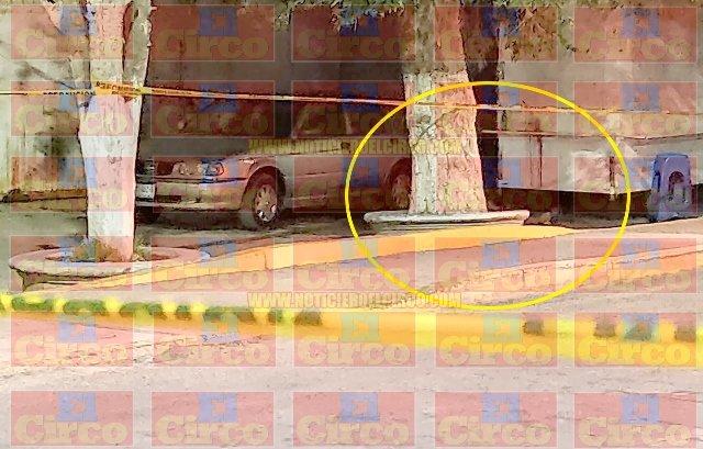 """¡Ejecutaron a """"El Tolanillo"""" a bordo de su auto en Enrique Estrada!"""