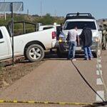 ¡Semi-desnudo hallaron a un joven ejecutado en una carretera en Fresnillo!