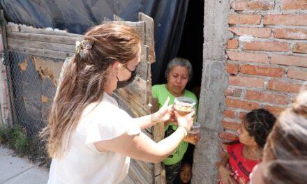 ¡Continúa el DIF de Jesús María entregando apoyos a personas vulnerables!