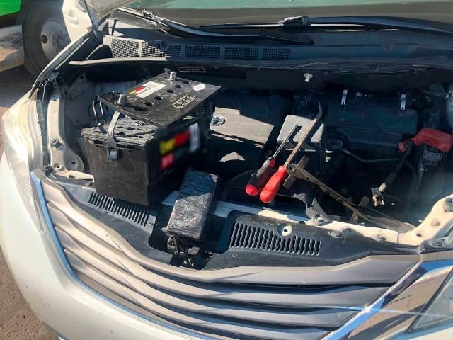 ¡Localizan guardias nacionales más de cuatro kilos de aparente heroína en la batería de un automóvil en Fresnillo!