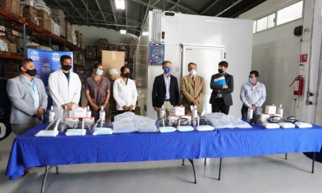 ¡ONU entrega equipo médico al personal del ISSEA!