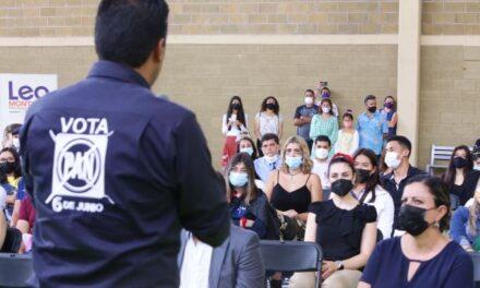 ¡Saber que los jóvenes están interesados por Aguascalientes me llena de esperanza: Leo Montañez!