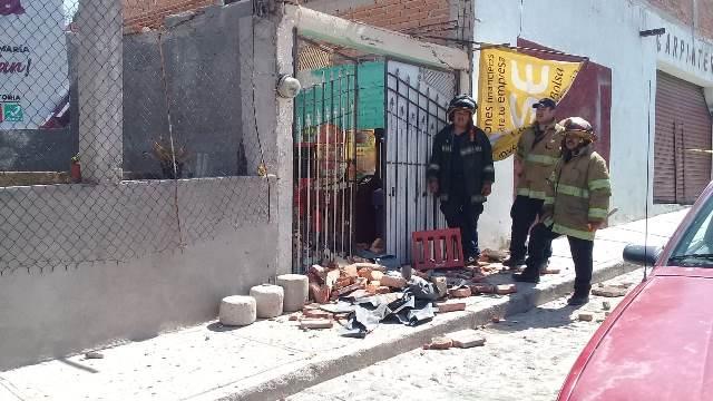 ¡4 lesionados tras derrumbe de techo en un local en Jesús María, Aguascalientes!
