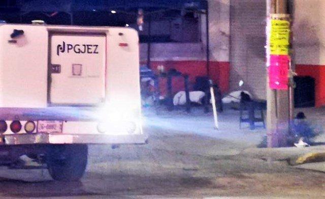 ¡Ejecutaron a 3 personas e hirieron a otras 3 en un puesto ambulante de comida en Guadalupe!